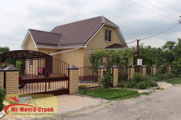 Дом в станице Гостагаевской